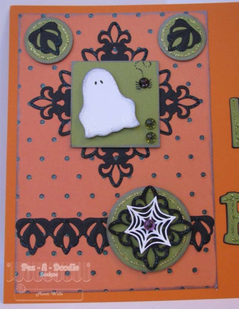 Boo set close up 1